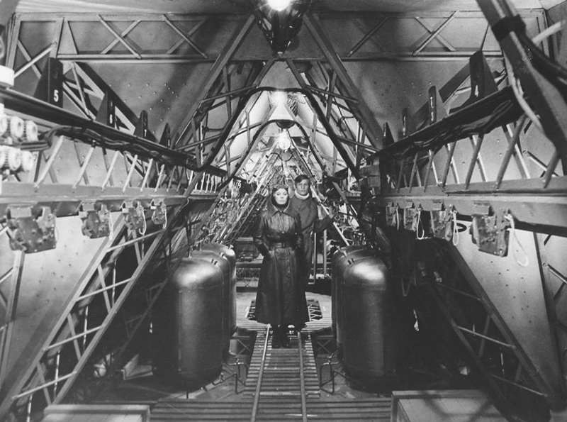 zeppelin18.jpg