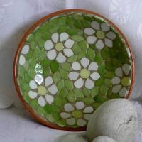 Margarétás mozaik tál