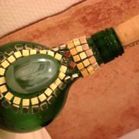 Picikét sem feltűnő gömbölyded laposüveg :)