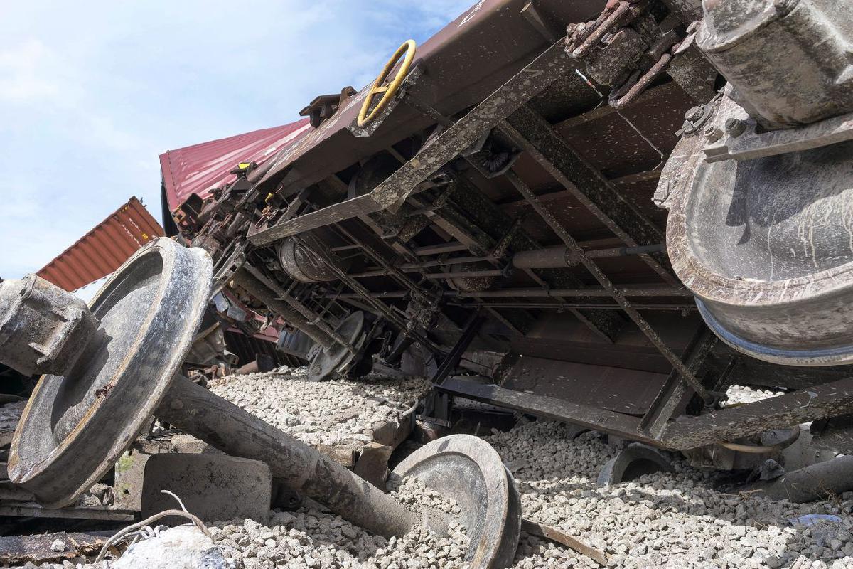 A járművek jelentősen megrongálódtak