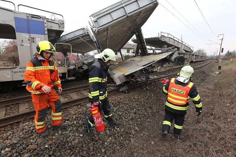 vlak-nehoda-22_galerie-980.jpg