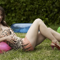 Sorozatlányok - Olivia Wilde meztelenre vetkőzött az eheti Vinyl-ben!