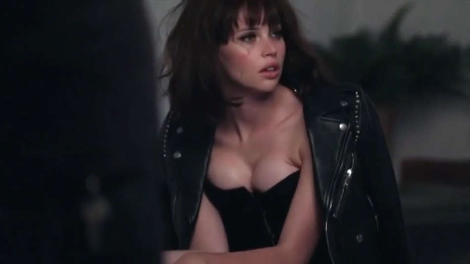 felicity-jones---gq-2014-_behind-the-scenes_--03.jpg