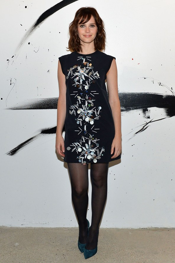 felicity-jones_glamour_19nov14_getty_b_592x888.jpg