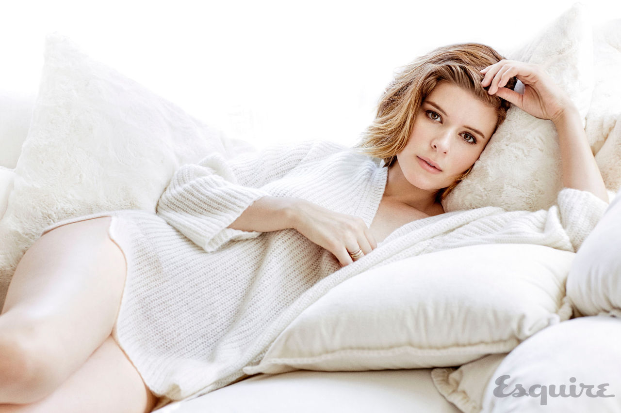 kate_mara_esquire2015_4.jpg