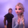Szemnyaló gekkóval Elsa a jégvarázslat nyomába ered