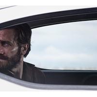 Jake Gyllenhaal megint éjszaka borzongat
