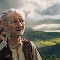 Többet látunk Spielberg új meséjéből