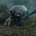 Halálfélemmel rohannak a dinók elől a Jurassic World folytatásában