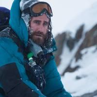 Jake Gyllenhaal csonttá fagy a hegyen