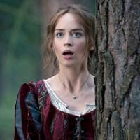 Emily Blunt lehet Mary Poppins