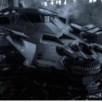 Durván hasít az új Batmobil - Videók