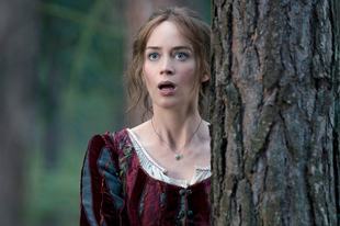 Emily Blunt lehet Mary Poppins