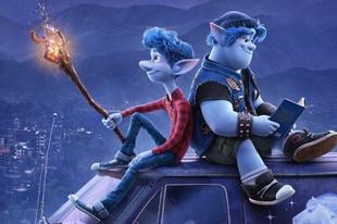 Kék manók cserfeskednek az új Pixar animációban
