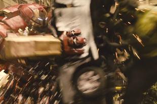 Így veri szét egymást Vasember és Hulk - filmklip