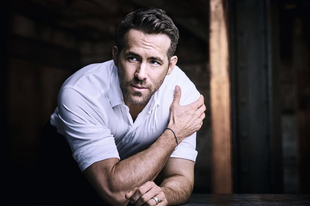 Szellemekkel fog suttogni Ryan Reynolds
