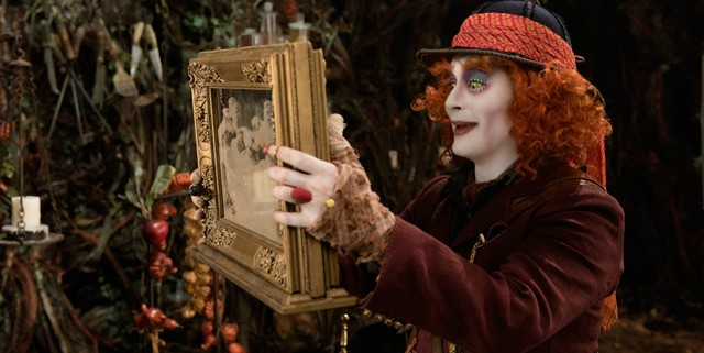 alice-through-the-looking-glass-640x321.jpg