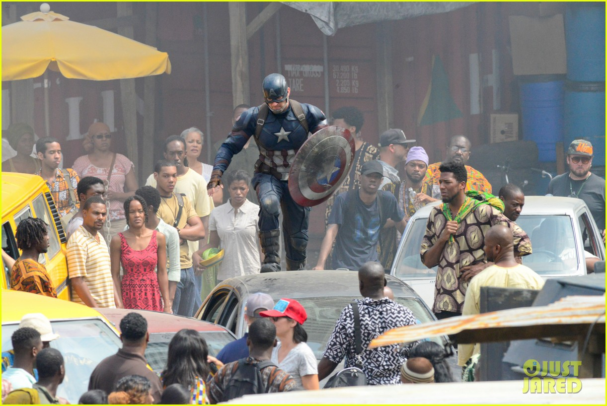 captain-americas-new-weapon-is-a-enter-our-poll-38.jpg
