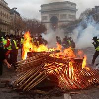 A párizsi anarchia margójára