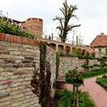 Remek kiállítóhely lett a Gül Baba türbéje köré épített Wagner-villa