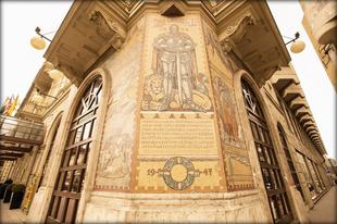 Mit keres Szondi két apródja a budapesti Nagykörúton?