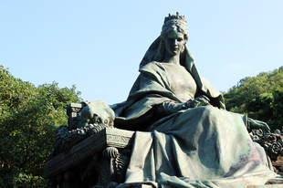 The Sculptures of Sisi in Budapest