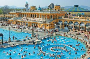 Ezért ilyen izgalmasak a budapesti strandok és fürdők