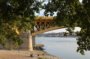 Mióta lehet hídon bejutni a Margitszigetre?