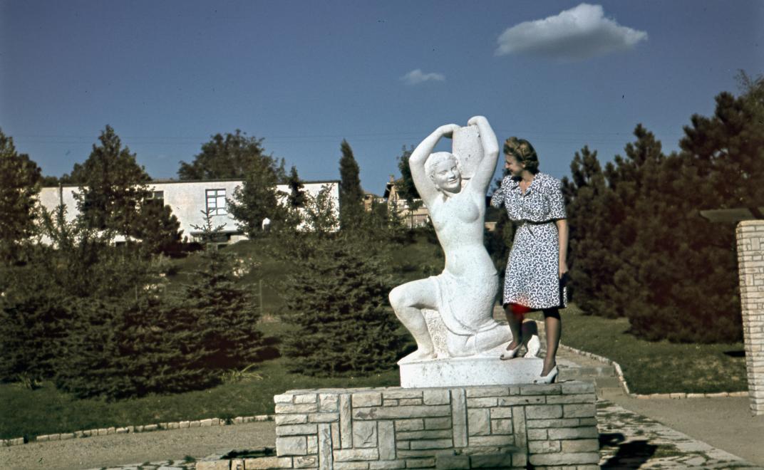 1942_masodikkkerulet_nagylajosfenyvester_korsosno_szokeannamaria.jpg