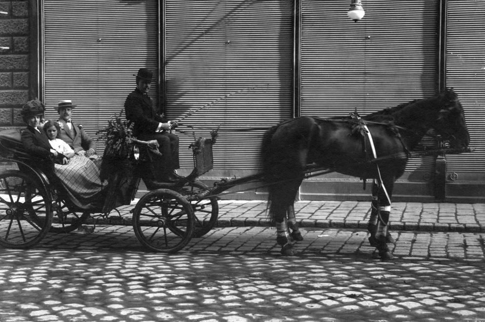 berkocsisok-budapest-1908-mrfosterblog-f