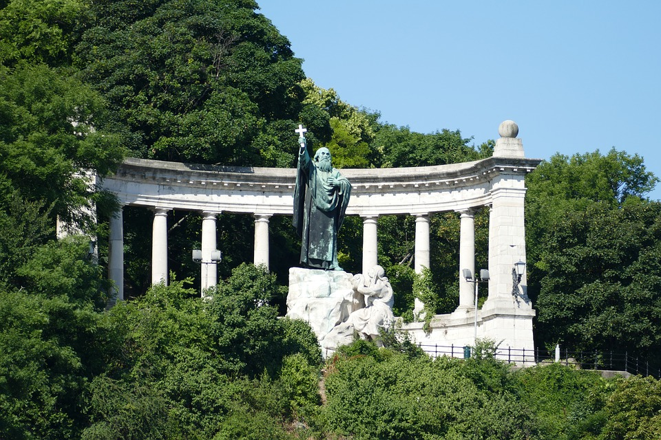 budapest-2529156_960_720.jpg