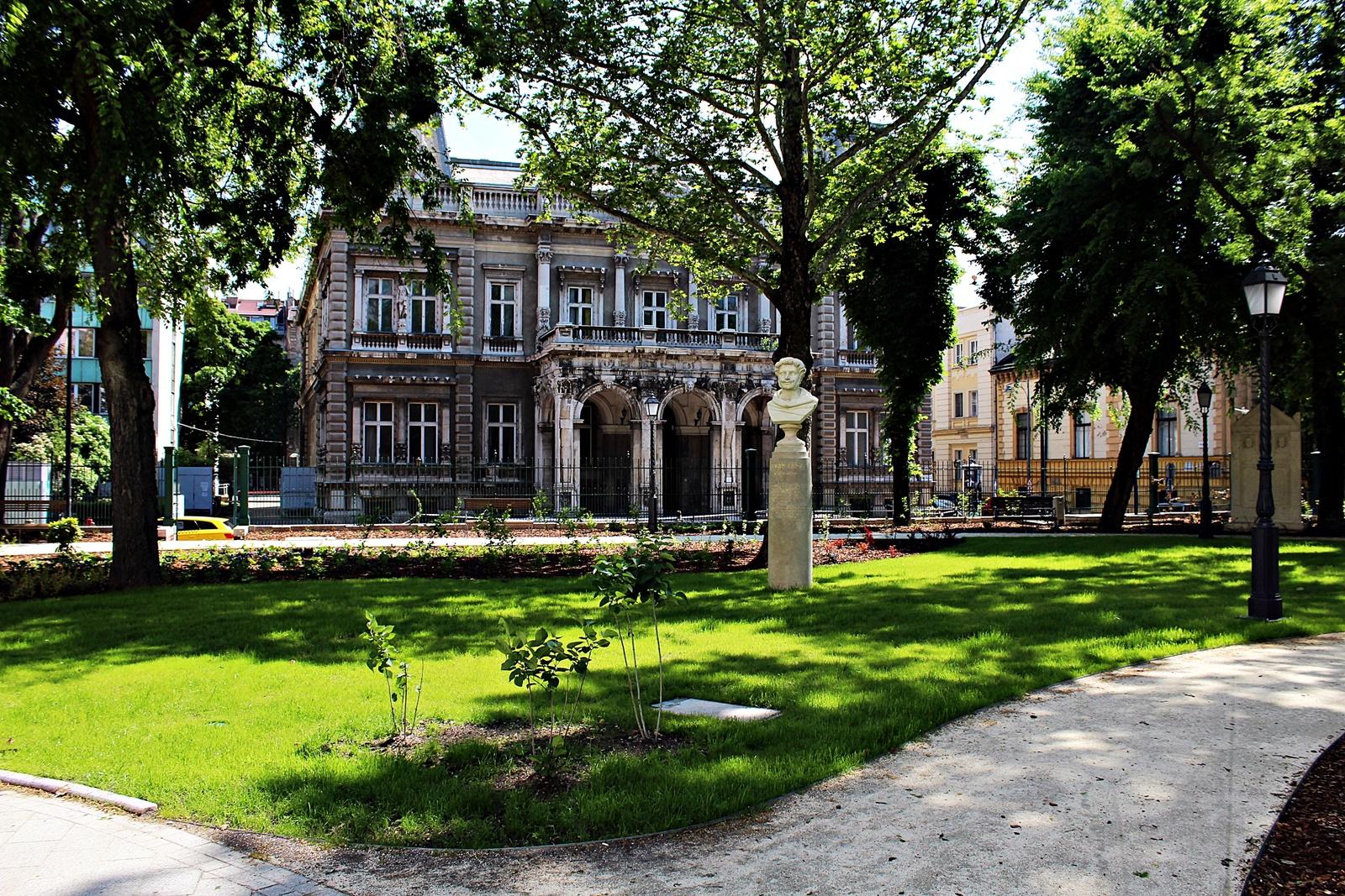 muzeumkert-budapest-nemzeti-muzeum-mysecretbudapest-1.JPG