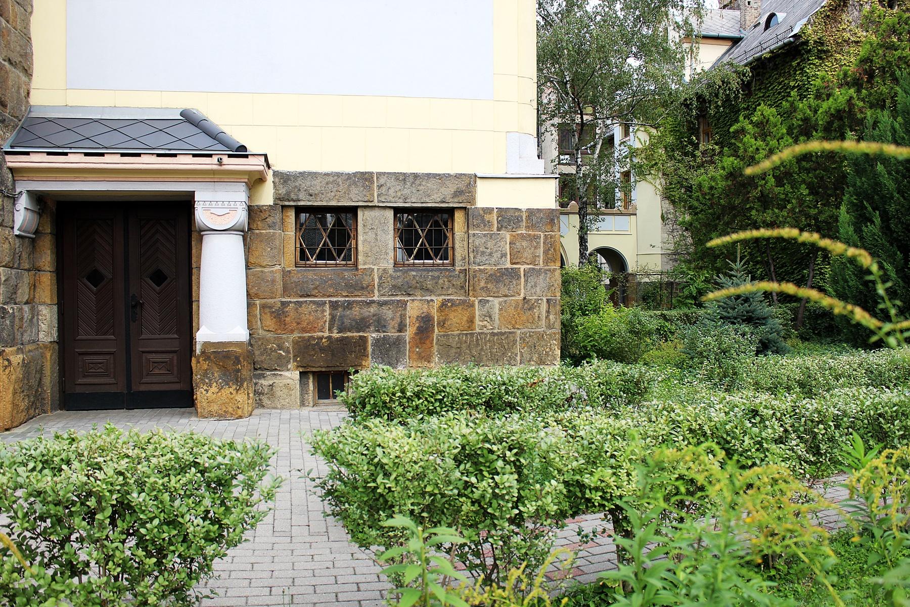 nagyvarad-teri-reformatus-templom-ulloi-ut-4.JPG