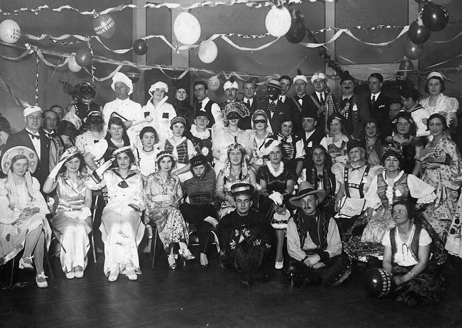 1922-ben a Sportolók Klubjának szilveszteri összejövetele.