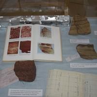 Kézipéldányok egy kézikönyvből