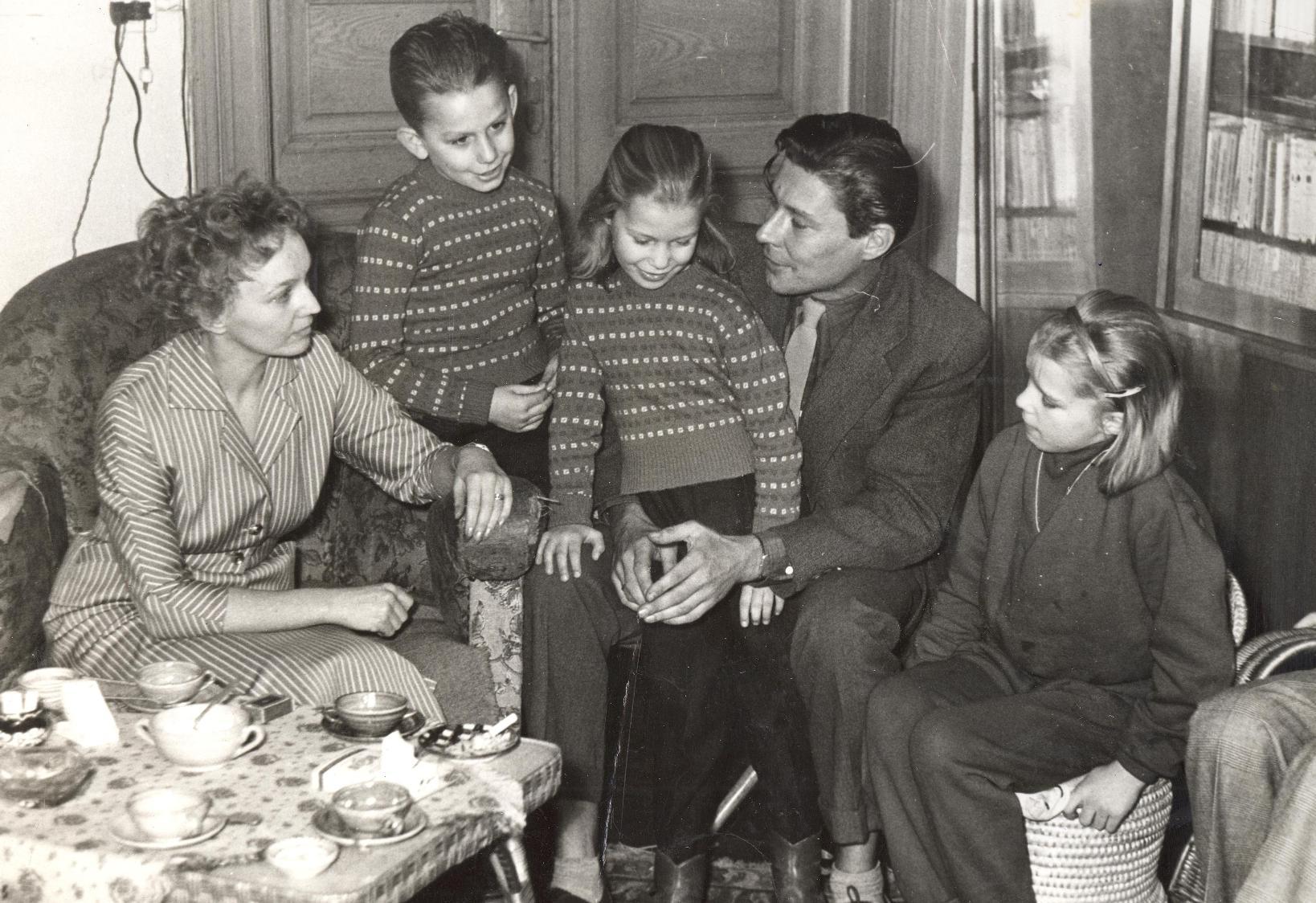 Otthon, együtt a Gozmány-család.
