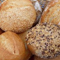 A glifozát károsítja a DNS-t, és jelen van a kenyérben is