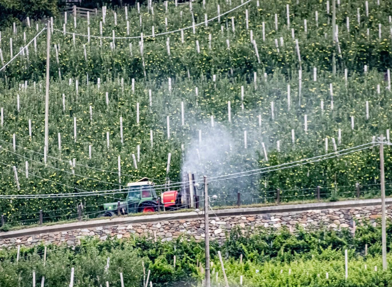 14_traktor_im_vinschgau_jorg_farys.jpg