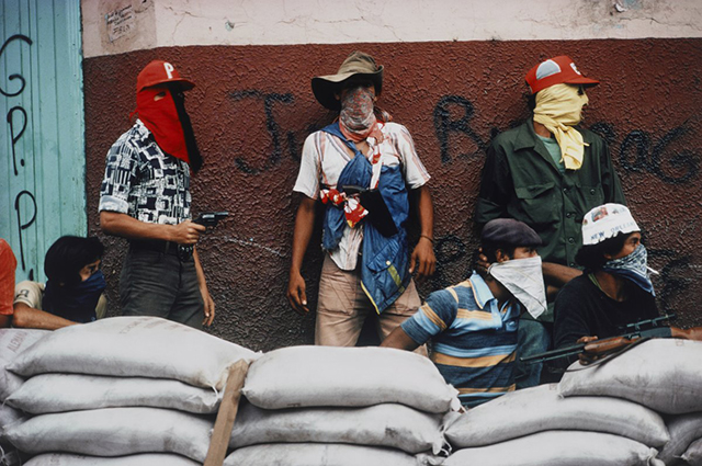 muchachos-await-a-counter-attack-by-the-national-guard-during-the-nicaraguan-revolution-in-1978.jpg