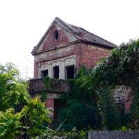 Rejtélyes villa bújik meg Debrecen belvárosának szélén