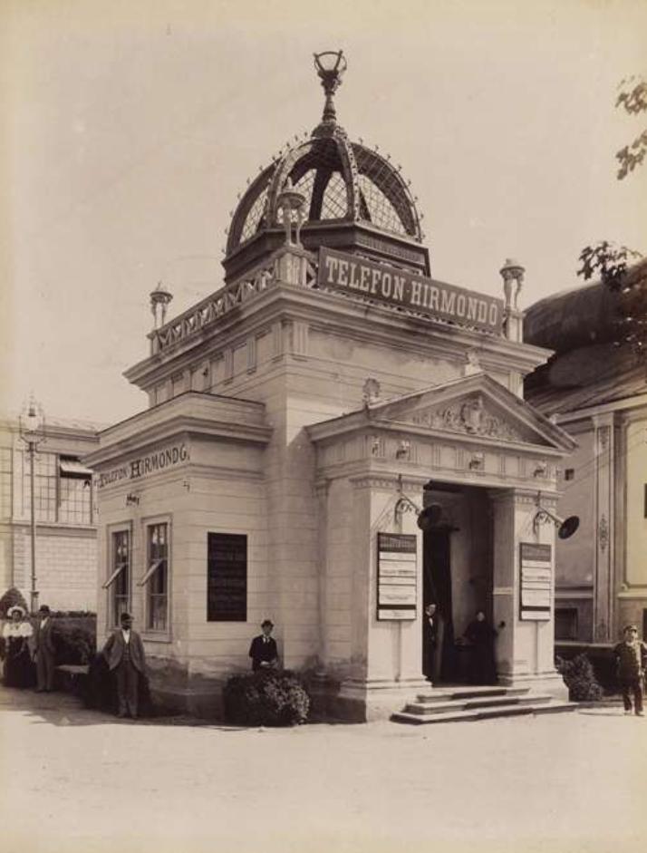 A Telefonhírmondó pavilonja. <br /><br />Forrás: Fortepan / Budapest Főváros Levéltára. Levéltári jelzet: HU.BFL.XV.19.d.1.09.076