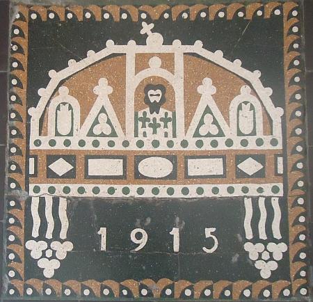 charpentier_wiki_kopadlo.jpg