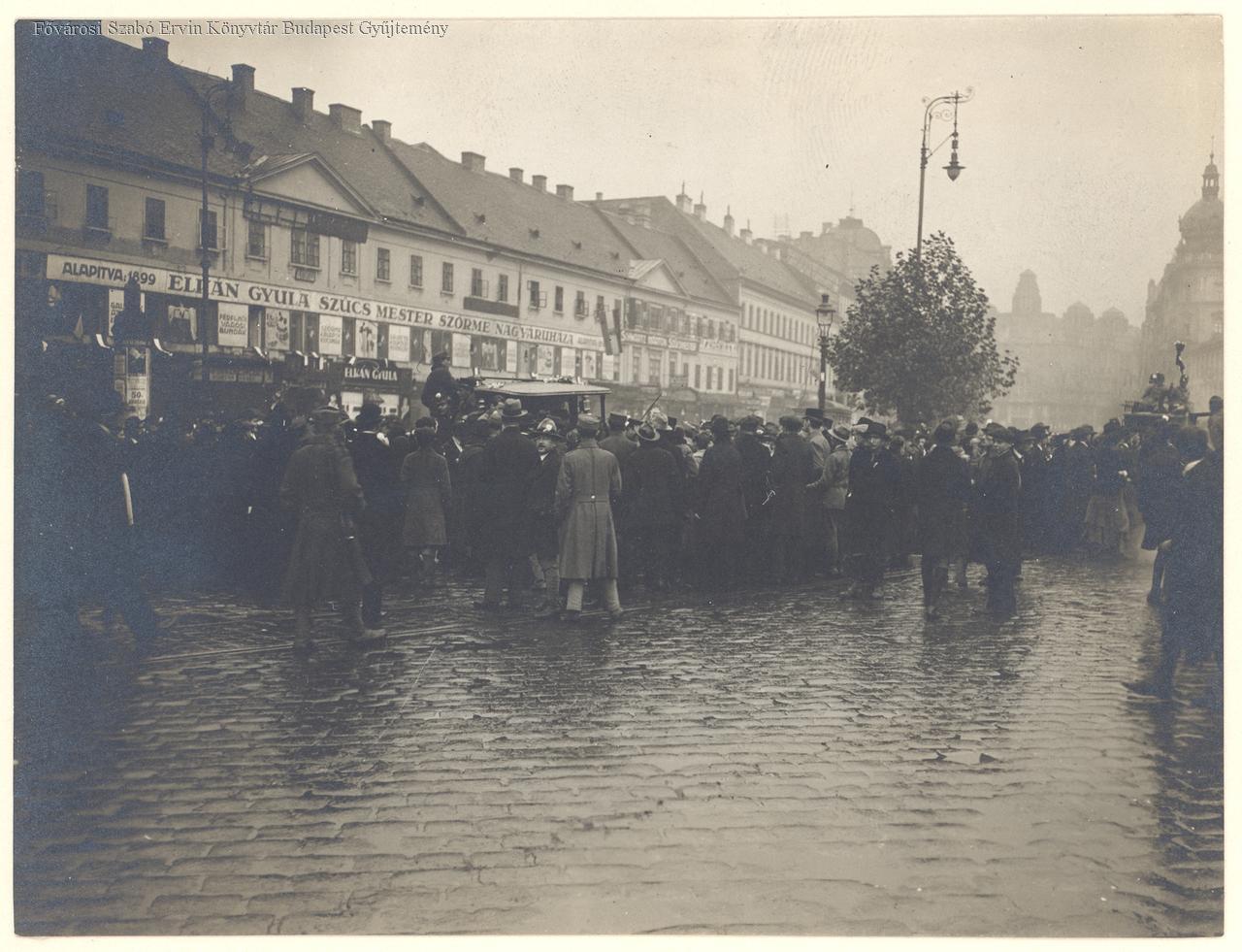 foto_fszek_hu_1918_oszirozsas_forradalom.jpeg
