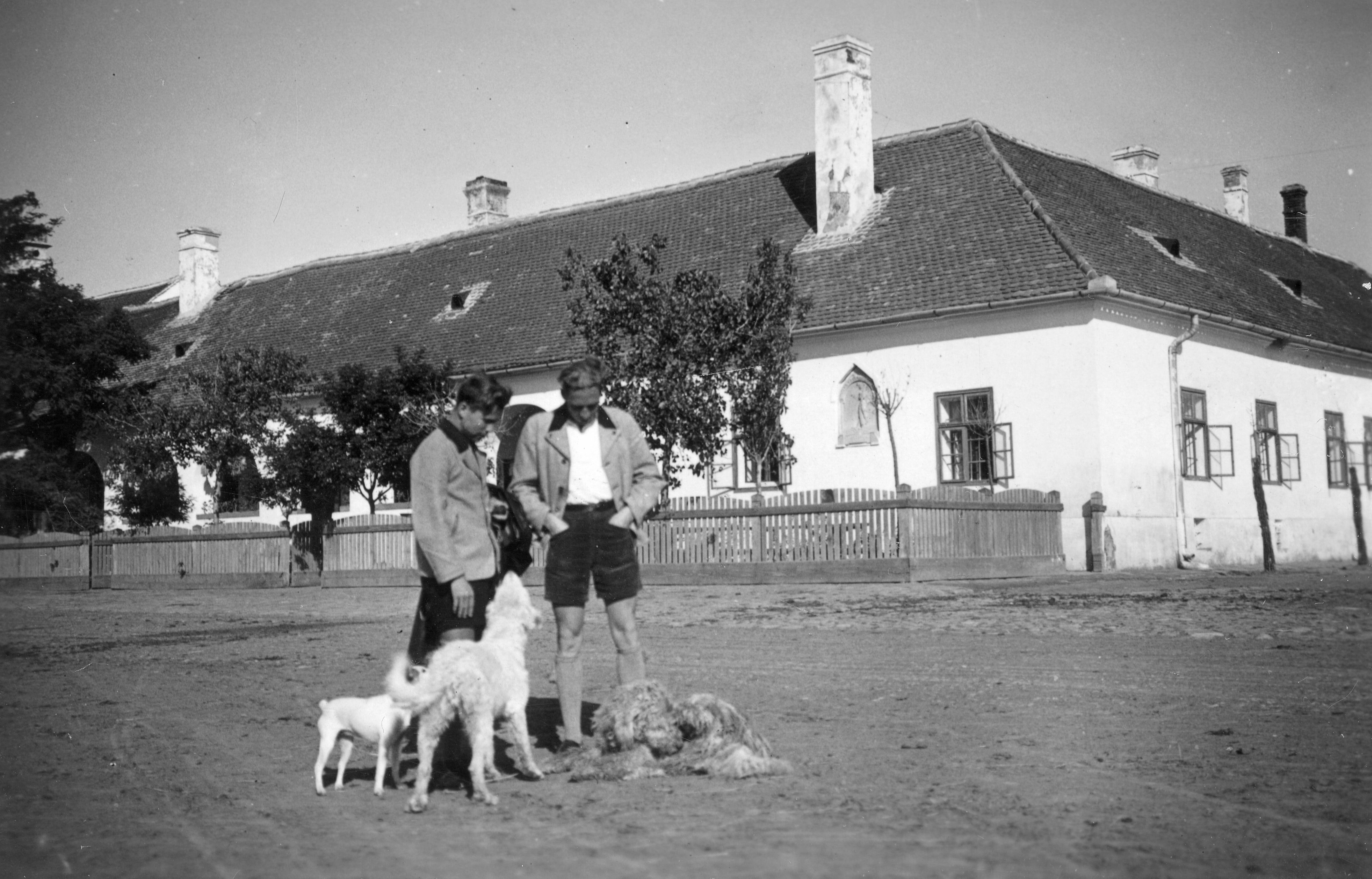 hortobagyi_csarda_a_kilenclyuku_hidnal_ted_grauthoff_1935-min.jpg