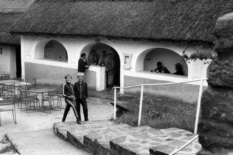 A Kecskeköröm csárda 1974-ben. Kép: Fortepan / chuckyeager tumblr