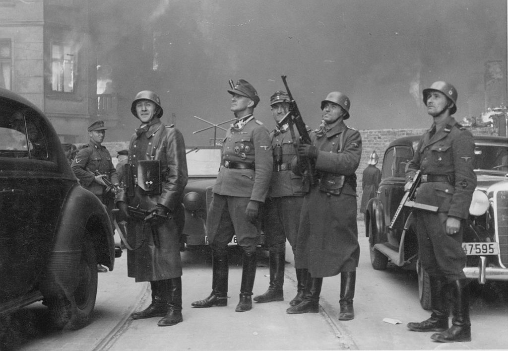 stroop_report_warsaw_ghetto_uprising_wiki_the_original_german_signature_the_commander_of_the_great_operation_ss_general_jurgen_stroop_in_the_middle_and_looks_up.jpg