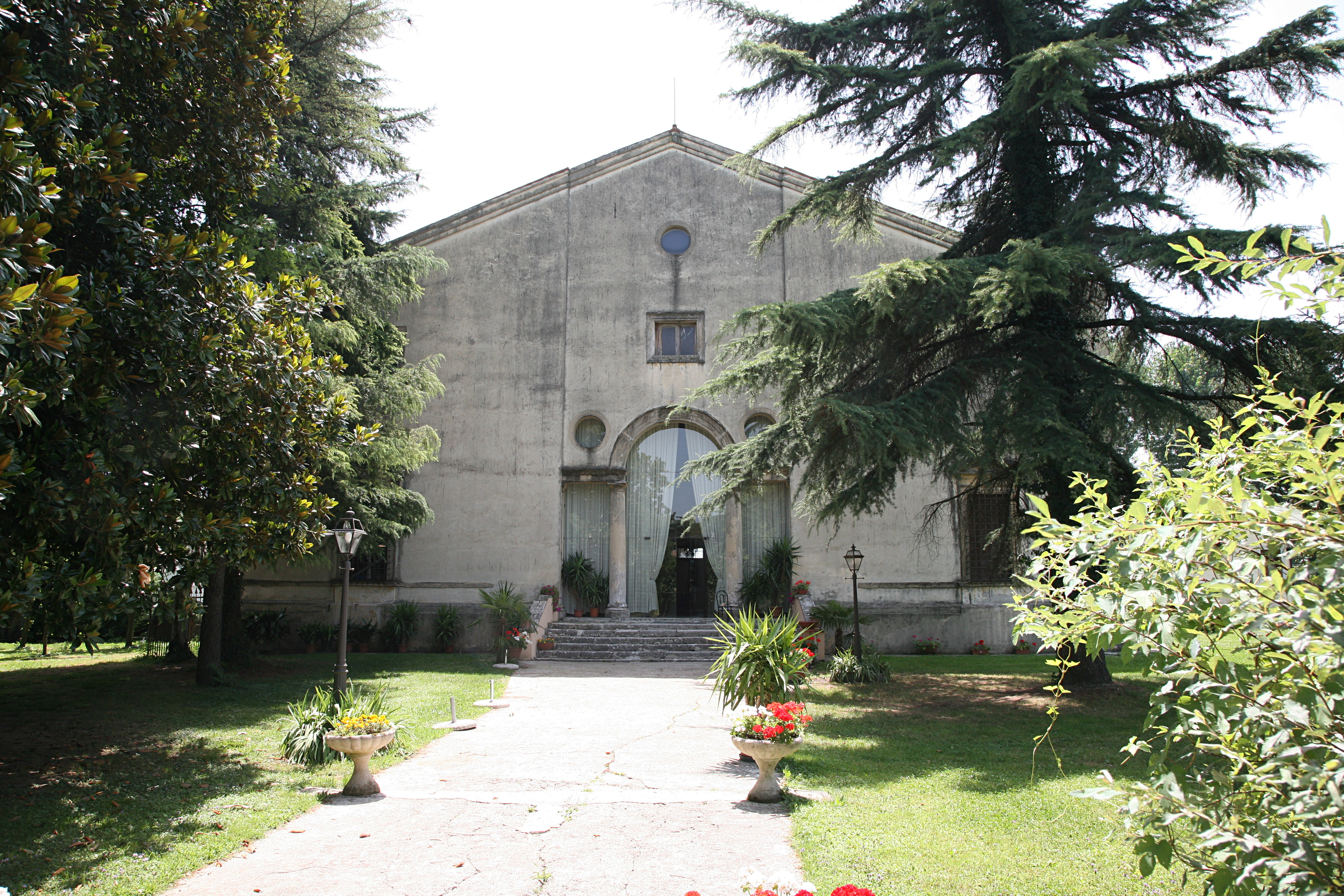 Villa Valmarana, Bressan<br /><br />Az 1540-es években épült.<br /><br />Kép: Wikimedia Commons / Hans A. Rosbach