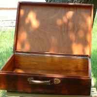 A fa bőrönd restaurálásán túl