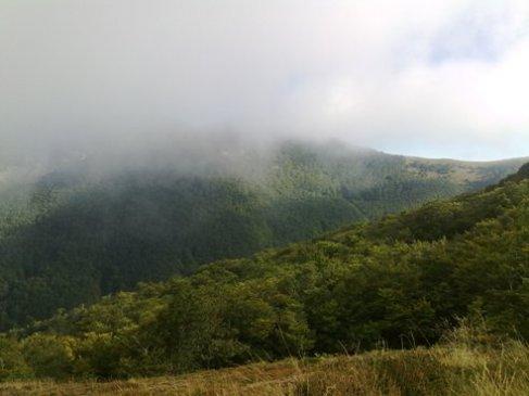 felhos hegycsucs.jpg