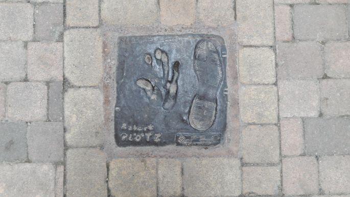 El camino, Belorado, hírességek tenyér- és lábnyomata - Robert Plötz, a német camino szervezet elnöke